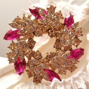 NWT - Hot Pink Crstals 3-D Wreath Brooch